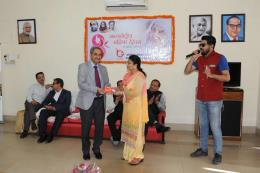 "Chief Guest Dr. Aruna Sharma with BBMB women employees celebrated ""Women's Day"" jointly with 92.7 Big FM team at BBMB, Rest House, Chandigarh to respect, appreciate and care towards all the Women in India. At the end of the event, Sh. D.K. Sharma, Chairman, BBMB delivered a motivational speech about women empowerment and gender equality."